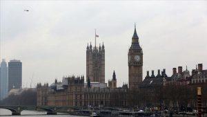 İngiltere'de telekomünikasyon güvenlik yasa tasarısı parlamentoda