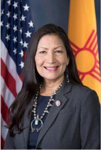 ABD'de ilk: Kızılderili İçişleri Bakanı atanabilir