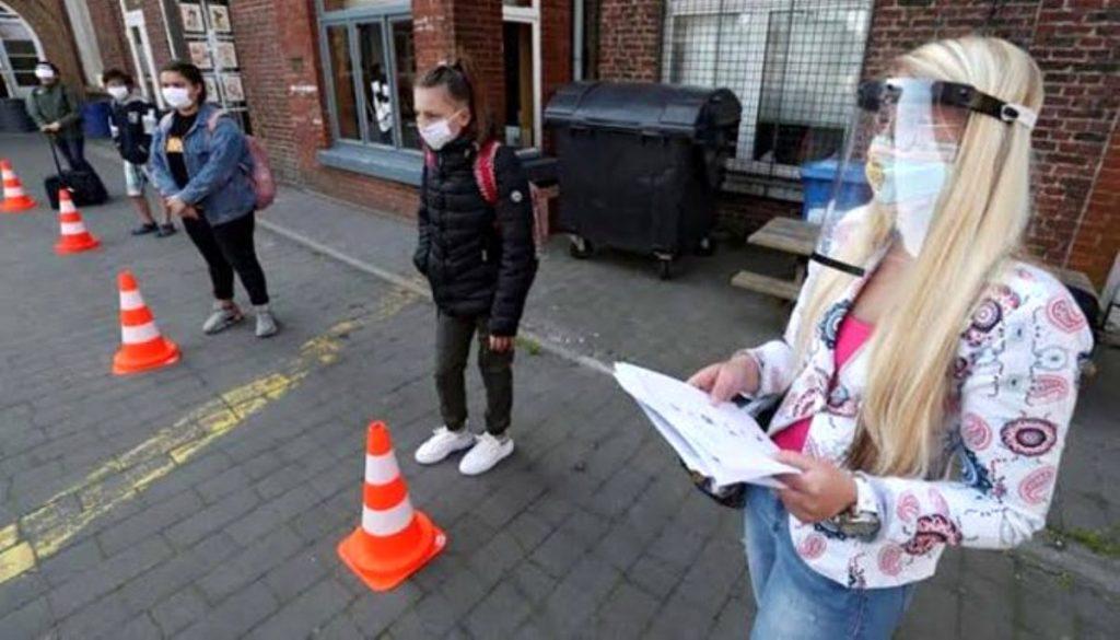 Belçika Kovid-19 aşısı çıkana kadar sıkı tedbirleri sürdürmeyi planlıyor