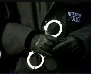 Merton'da tecavüz şüphesiyle tutuklanan adam