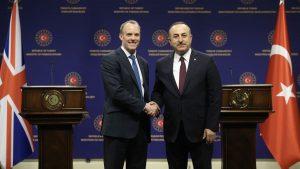 Çavuşoğlu, İngiliz mevkidaşı Raab ile telefonda görüştü