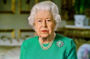 İngiltere'de Kraliyet ailesinin geleneksel Noel yemeği 33 yıl sonra ilk kez iptal edilecek