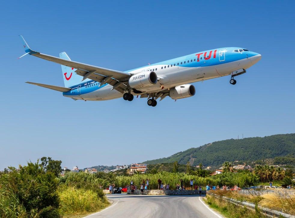 TUI, 5 Kasım'dan itibaren İngiltere ve Galler'den tüm uçuşları iptal ediyor