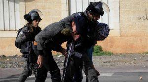 Batı Şeria ile Doğu Kudüs'te 15 Filistinli İsrail tarafından göz altına alındı