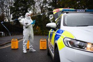 Londra'da katledilen 4 yaşındaki çocuk bir kadın cinayet suçlaması ile tutuklandı