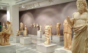Yunanistan'dan kritik karar: Tarihi eserleri 50 yıllığına kiralayacak