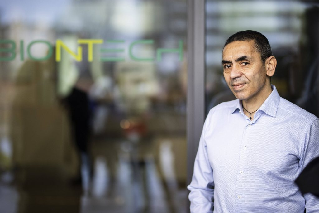 Koronavirüs aşısını geliştiren Türk profesör: 20 yıl içinde kanserle mücadelede devrim göreceğiz