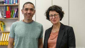Financial Times'ın 'Yılın Kişisi Ödülü', Covid-19 aşısını bulan Şahin ve Türeci'nin oldu