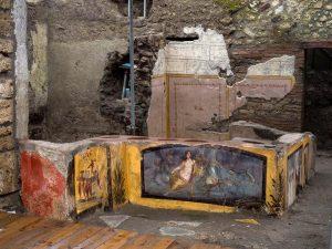 Pompeii'de 2 bin yıllık fast-food dükkanı gün yüzüne çıkarıldı