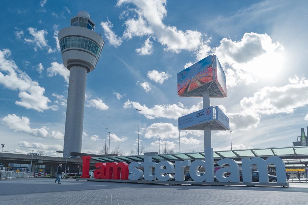 Hollandalı tur operatörü ve havayolu şirketleri hızlı koronavirüs testleri ile uçmaya hazırlanıyor