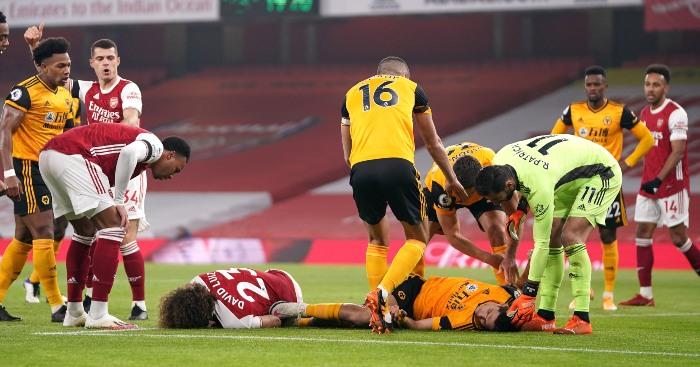 Arsenal maçında kafatası kırılan Raul Jimenez ameliyat oldu