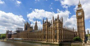 İngiliz Parlamentosu AB ile varılan ticaret anlaşması oy çokluğuyla onaylandı