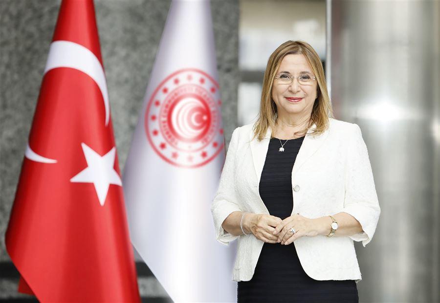 """TC Ticaret Bakanı: """"Türkiye olarak, İngiltere ile kendi anlaşmamızı imzalamak üzere mekik diplomasisinde bulunduğumuzu söyleyebilirim"""""""