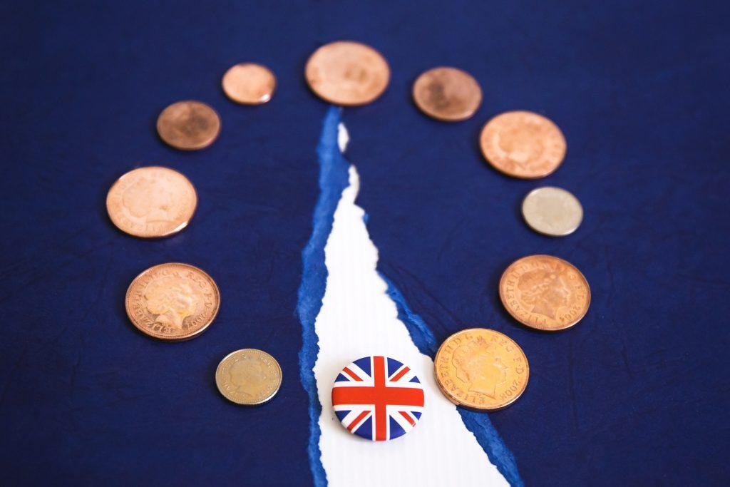 Final push for UK-EU trade deal as talks resume