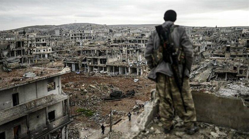Suriye'de pusuya düşürülen otobüslerdeki en az 28 kişi öldürüldü