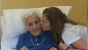 9 ayda 3 kez Covid-19'a yakalanan 101 yaşındaki kadın taburcu oldu