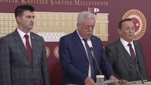 CHP'li üç vekil partiden istifa etti