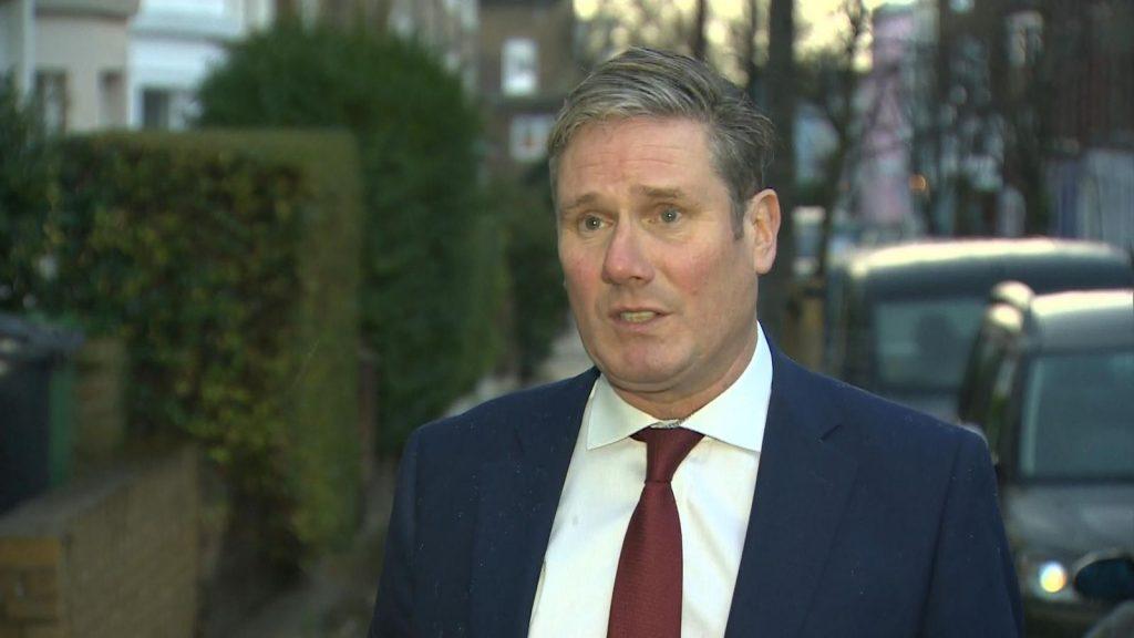 İşçi Partisi lideri Sir Keir Starmer, hükümetin 24 saat içinde ulusal karantina uygulaması gerektiğini söyledi.