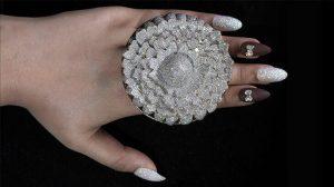 12 bin 638 elmaslı yüzük Guinness Rekorlar Kitabı'nda