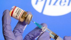 Pfizer/BioNTech aşısının İngiltere'deki yeni mutasyon türünde etkili olduğu açıklandı