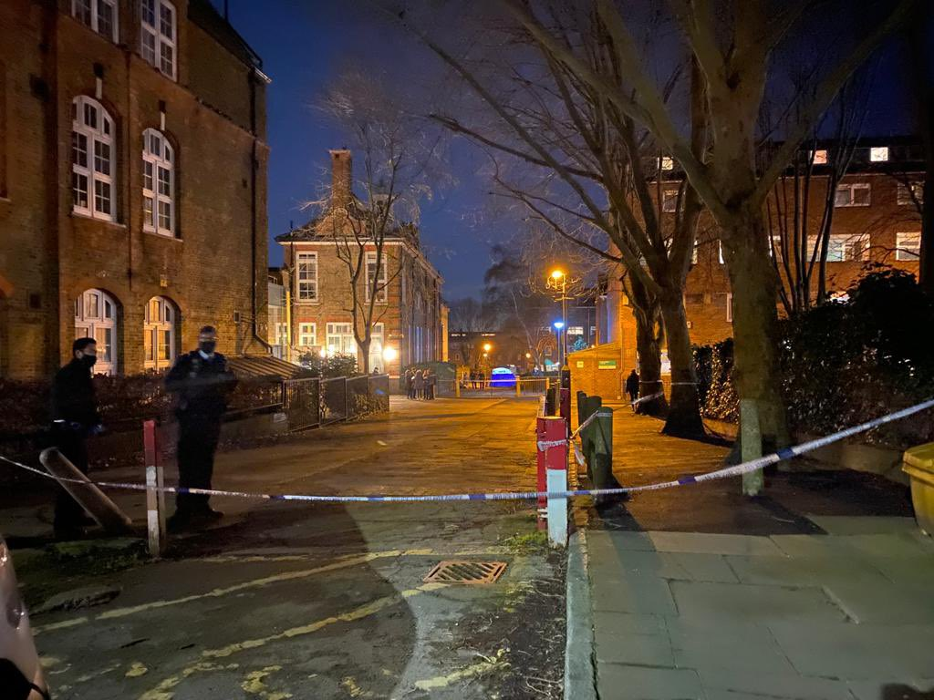 Teenager fatally stabbed in Islington