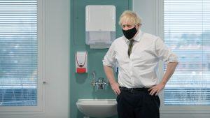 Johnson, Avrupa'nın üçüncü dalgasının İngiltere'yi vuracağı konusunda uyardı