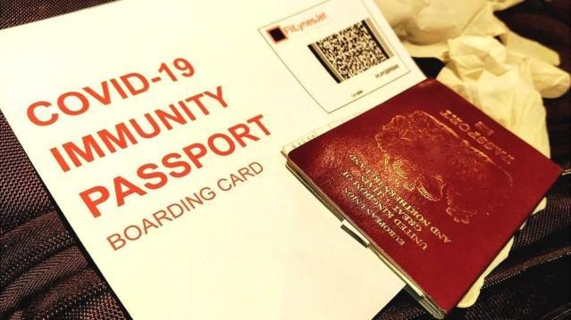 Guardian'a göre İngiltere hükümeti, 'Koronavirüs pasaportu' için teknoloji firmalarıyla görüşüyor
