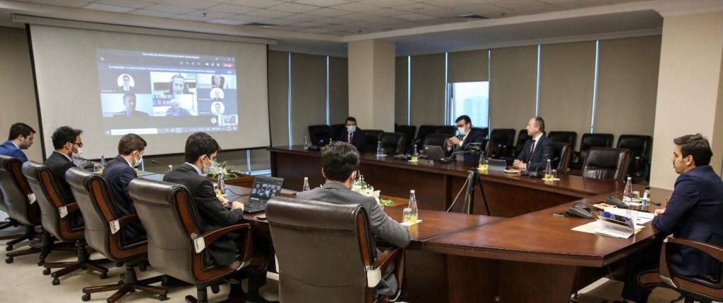 """YTB'den """"Kıbrıs'ta BM çatısı altında iki devletli çözüm önerisi"""" paneli"""