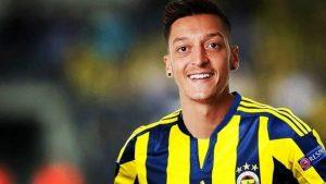 Özil'den Fenerbahçe taraftarlarını heyecanlandıran paylaşım