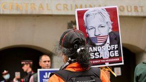 Assange: WikiLeaks'in kurucusunun ABD'ye iadesiyle ilgili Londra'daki davada karar bekleniyor