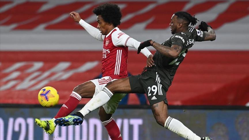 Premier Lig'deki Arsenal-Manchester United maçı golsüz bitti