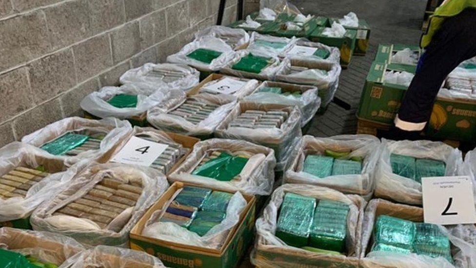 İngiltere'nin en büyük kokain operasyonu Tottenham'da gerçeklşeti
