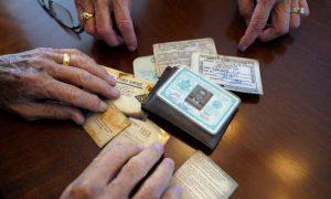 Antarktika'da 53 yıl önce kaybettiği cüzdanına kavuştu