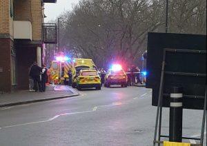 Tottenham'da bir adam bıçaklanarak öldürüldü