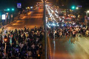 Tayland'da protestolar şiddetleniyor