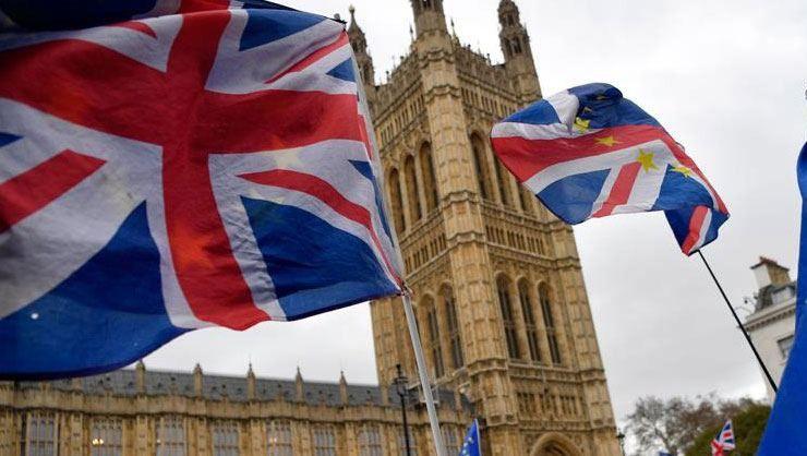 İngiltere, Myanmar Devlet İdare Konseyinin asker üyelerine yaptırım kararı aldı