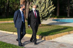 İngiltere Dışişleri Bakanı Raab, KKTC Cumhurbaşkanı Tatar ile görüştü