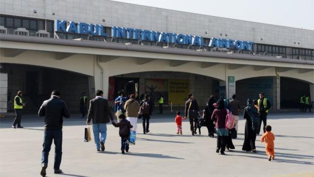 Seyahat kısıtlamalarına takılmak istemeyen yolcular sahte Covid-19 testlerine başvuruyor