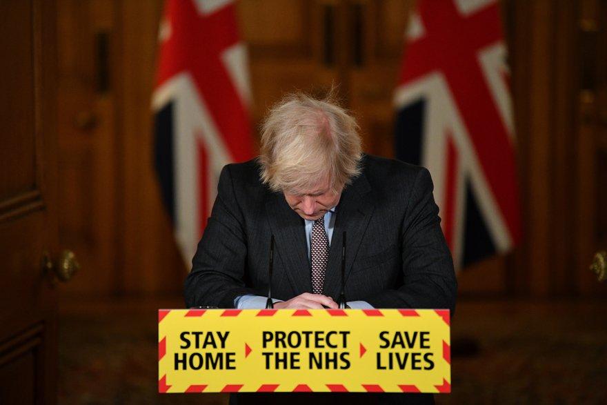 """""""Başbakan uyarıları dinlemedi salgın fırladı"""""""