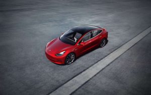 Tesla'da 'çip' krizi