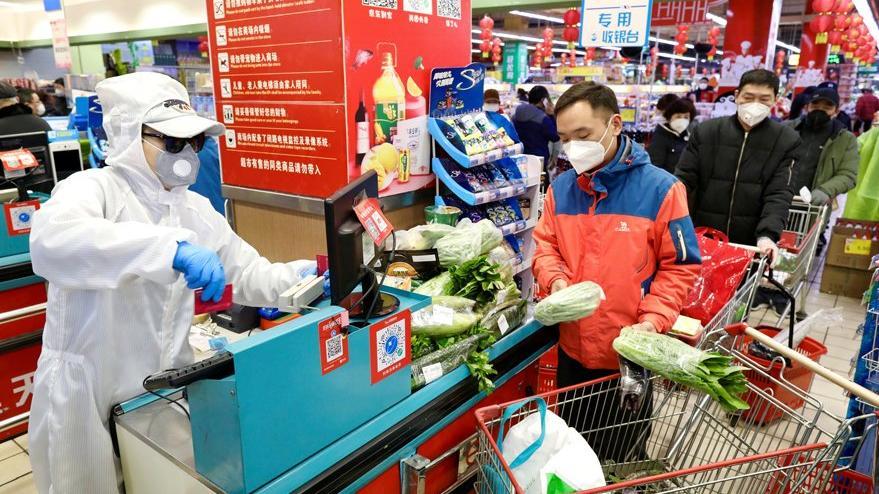 Pozitif olanlar markete alışverişe gidiyor