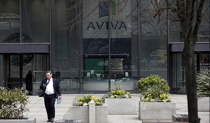 Aviva İngiltere'deki ofislerini yüzde otuz küçültecek