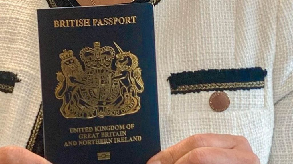 Travellers urged not to delay applying for passports
