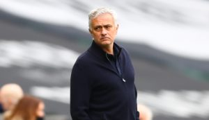 Jose Mourinho köşe yazarı oldu