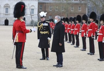 Turkish Defence Minister starts off 2-day visit in London