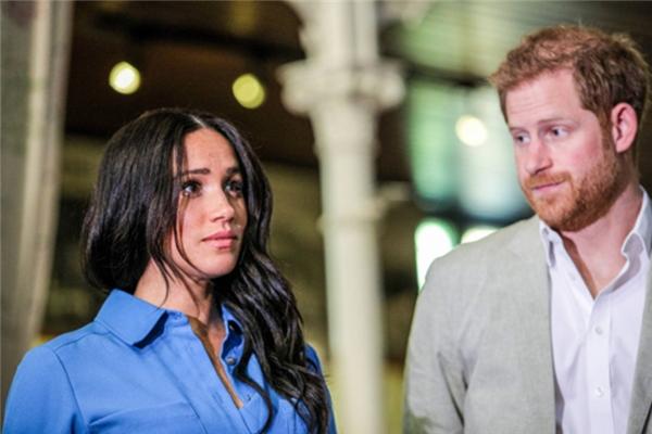 Harry'den ailesine: Karım Meghan'dan özür dileyin