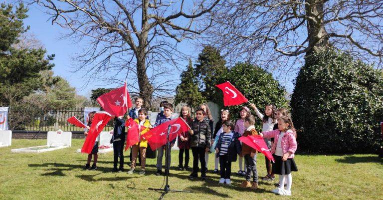 Portsmouth Türk Deniz Şehitliği'nde anma töreni düzenlendi