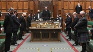 İngiltere parlamentosunda Prens Philip için saygı duruşu