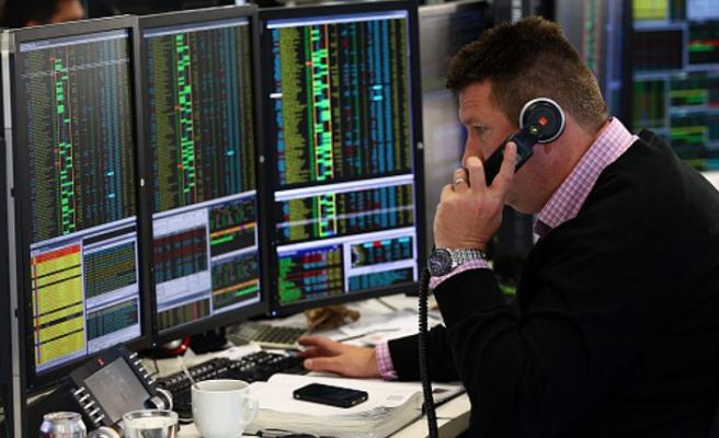 İngiltere'de FTSE 100 endeksi, salgın öncesine döndü