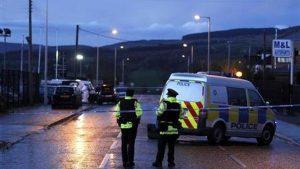 Kuzey İrlanda'da polise bombalı saldırı girişimi